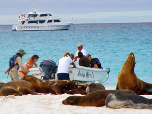 eilandhoppen-galapagos-boot1
