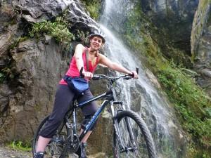 Biken in Baños