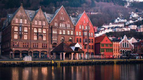 Reizen naar    Norwegian Fjords Explorer