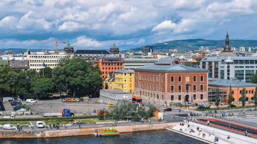 Reizen naar    Norway's Nature by Train